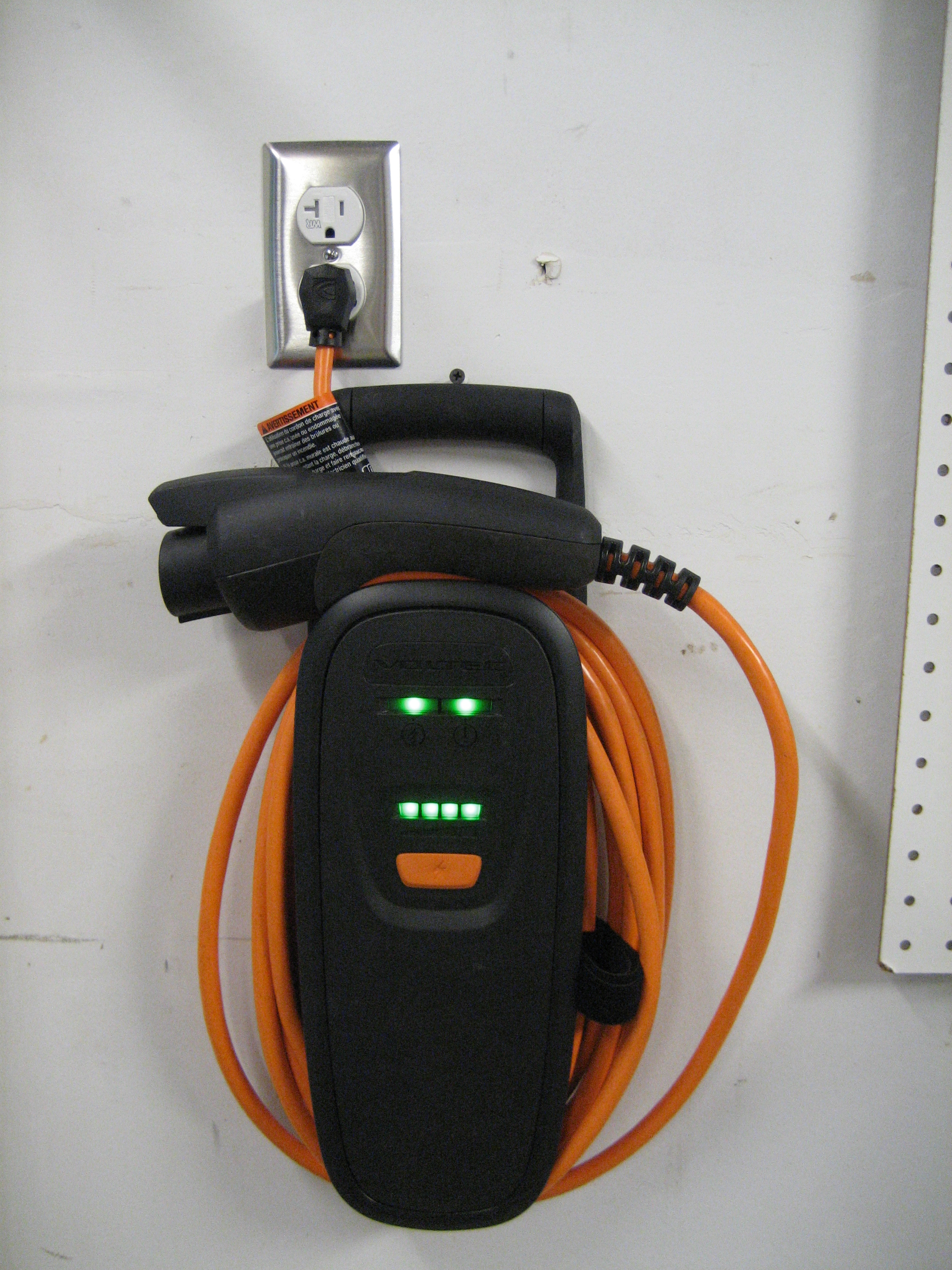 Chevy Volt Charge Cord Hot During