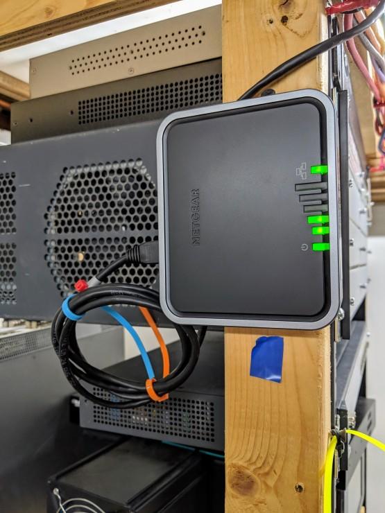 Netgear / T-Mobile LB1121 WWAN to LAN Router