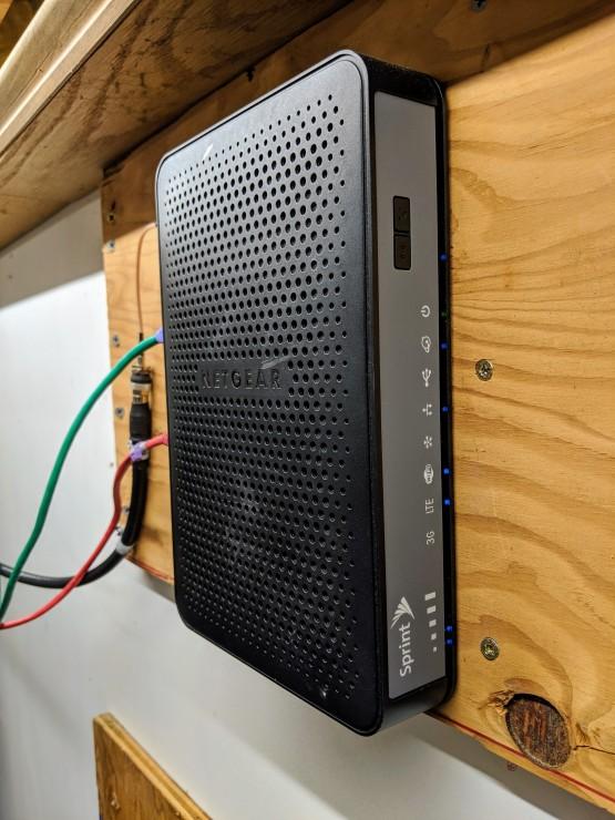 Netgear / Sprint 6100D WWAN to LAN Router